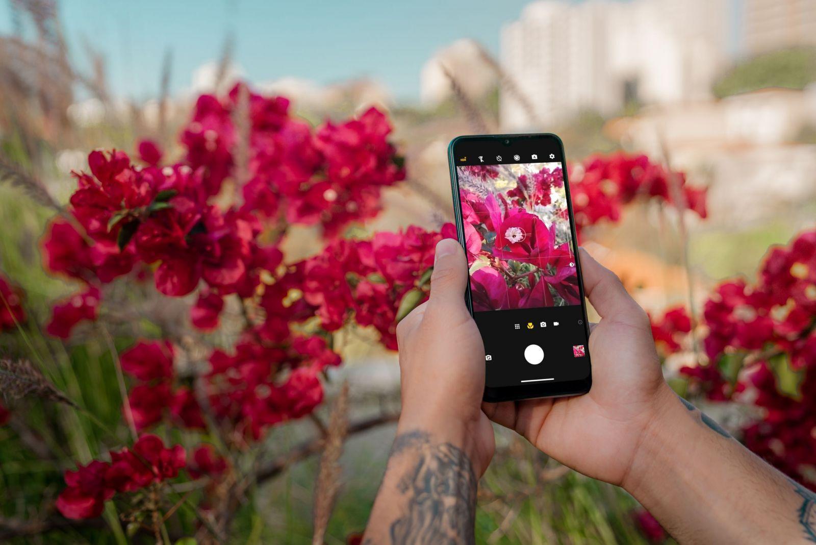Motorola анонсирует старт продаж и российские цены смартфона moto g9 play (2020 moto g9 play galleryshoot shootbyprofessionalcamera 19 scaled)