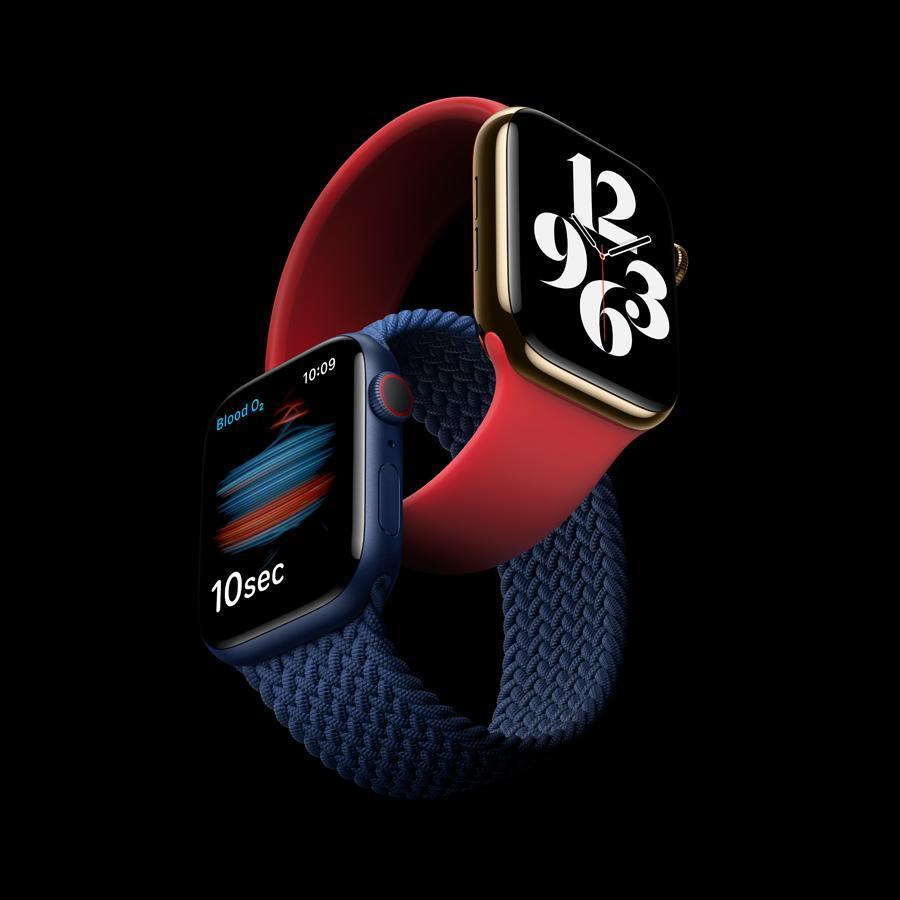 Первый взгляд: обзор Apple Watch series 6 cо сканером кислорода в крови (Apple delivers apple watch series 6 09152020.jpg.news app ed)
