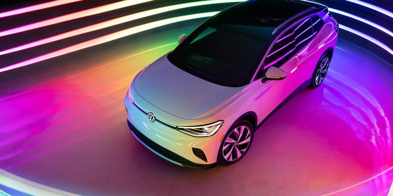 Volkswagen показала свой первый электрокроссовер (ID4 Reveal Gallery 7 D)