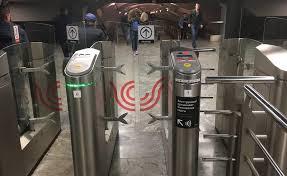 HUAWEI Pay научился оплачивать проезд в метро (bez nazvanija 8)