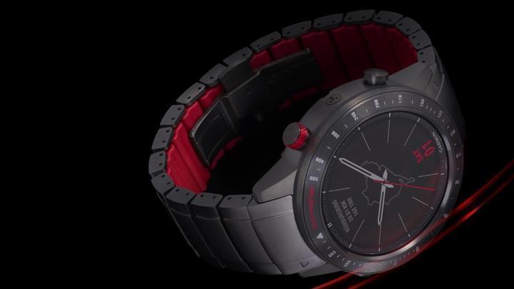 Garmin выпустила часы MARQ для путешественников, автогонщиков и авиаторов (driver 720 1552474804 bwlb column width inline)