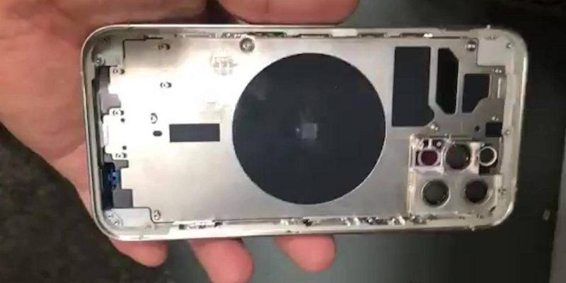 Разбор iPhone 12 показал модем Qualcomm X55 5G и батарею на 2815 мАч (iphone 12 pro chassis 1280x720 1)