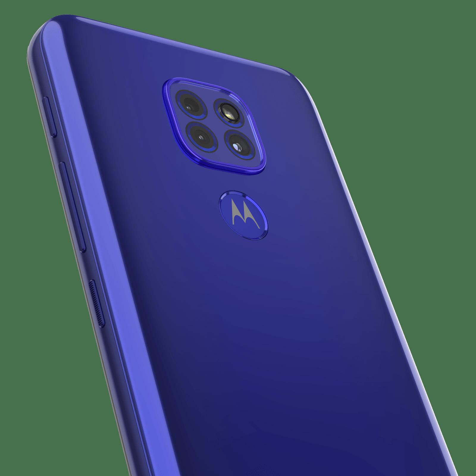 Motorola анонсирует старт продаж и российские цены смартфона moto g9 play (moto g9 play sapphire blue cam detail)