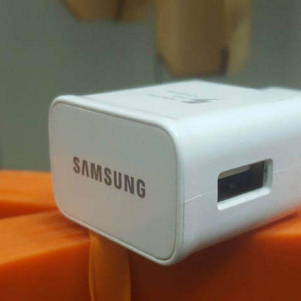 Будущие флагманы Samsung будут поставляться с зарядкой мощностью 65 Вт (samsung adaptive fast charging main 1280x720 1)