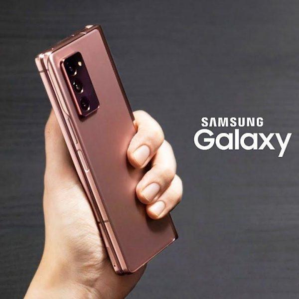 Samsung Galaxy Z Fold2 начал продаваться в России (samsung galaxy z fold2 launched)