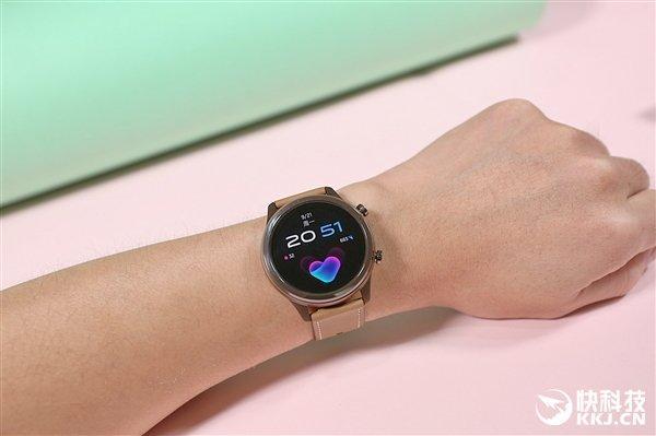 Vivo представила свои первые умные часы. Они стоят меньше 200 долларов (vivo watch)