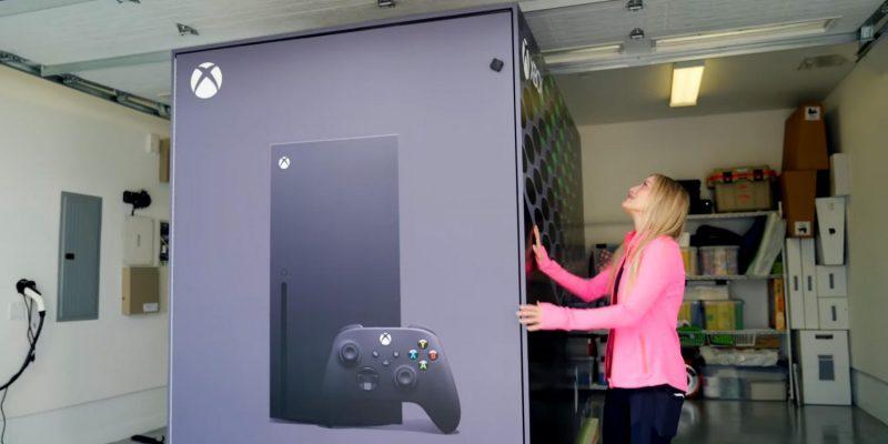 Microsoft сделала холодильник в стиле Xbox Series X (02)