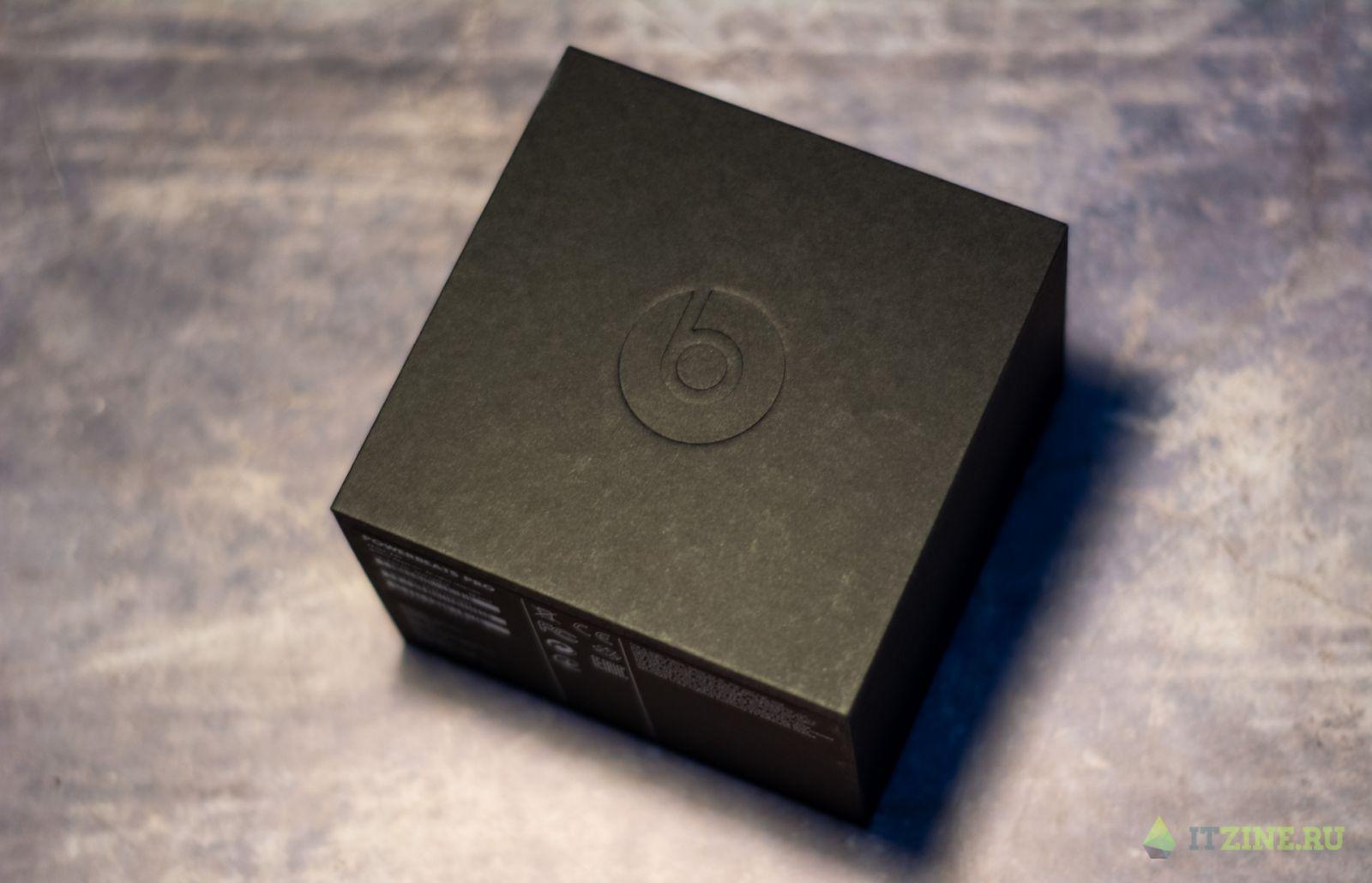 Внутренняя коробка Beats PowerBeats Pro
