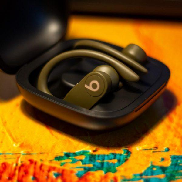 Обзор беспроводных наушников Beats PowerBeats Pro: спорт - это жизнь (DSC 9087 1)