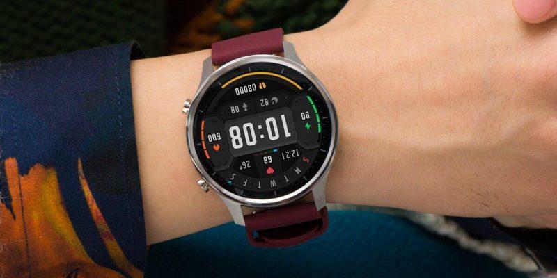 Xiaomi выпустила спортивную версию часов Mi Watch (xiaomi watch color nove fotky 1)
