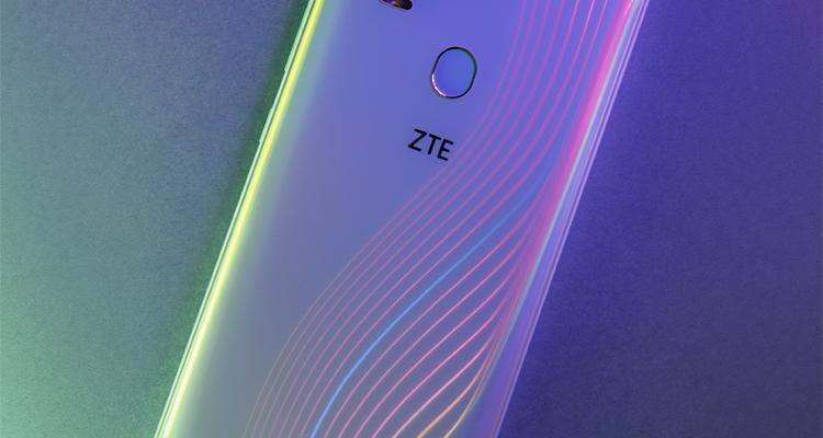 ZTE представила смартфон ZTE V2020 5G (zte3)