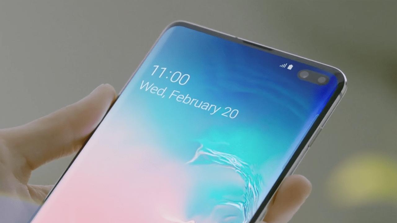 Samsung работает над очередным смартфоном M-серии (377802)