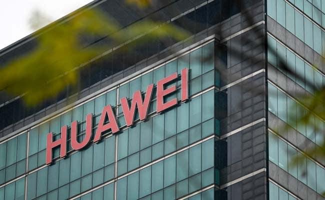 Qualcomm получила лицензию на поставку чипов Huawei (9sjoum0c huawei logo)