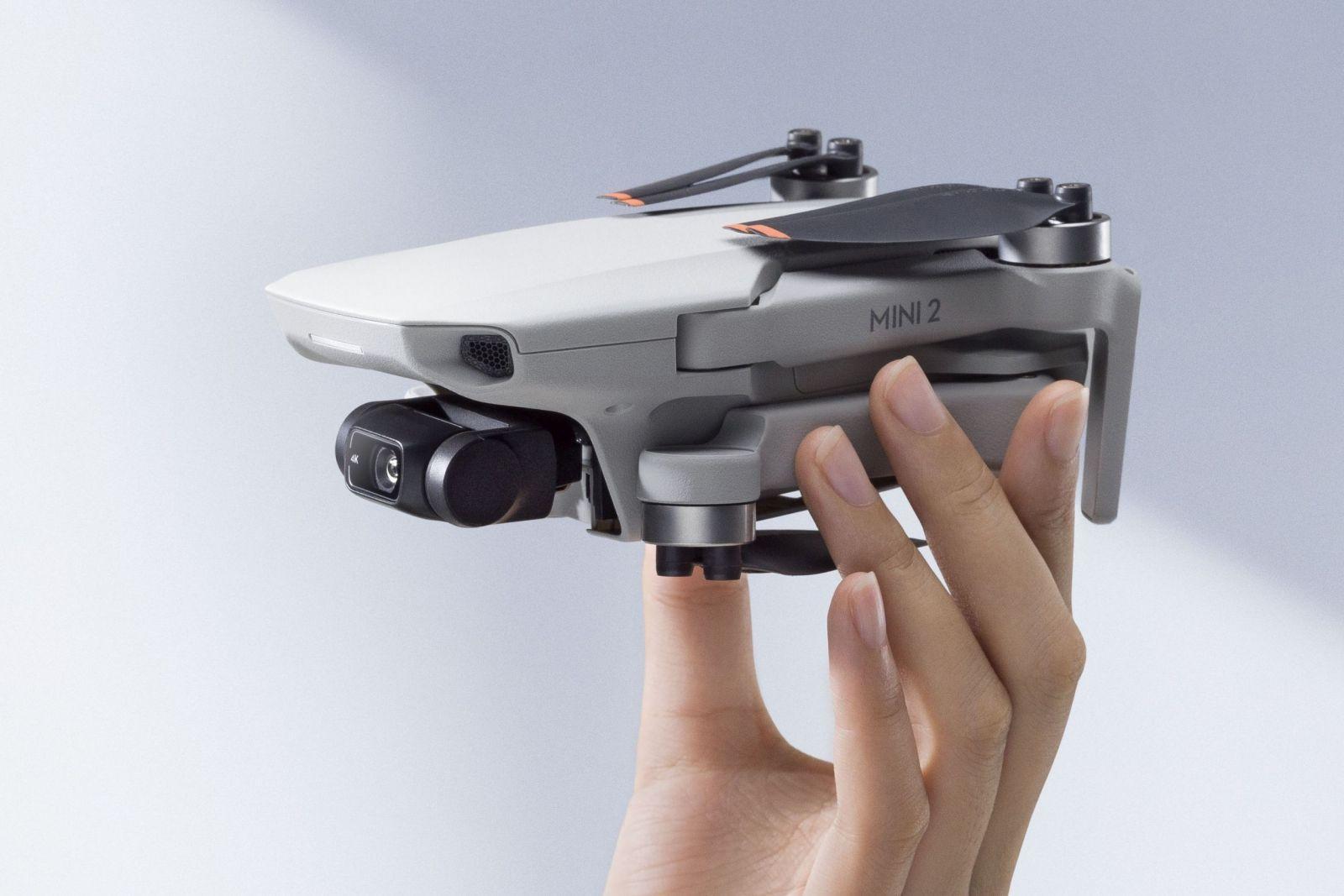 Выпущен дрон DJI Mini 2. Он может снимать 4К-видео (DJI Mini 2 scaled)