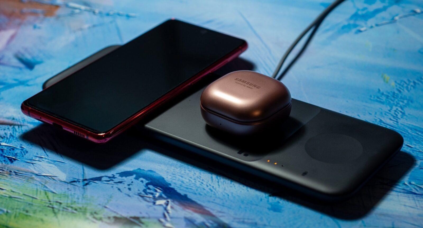 Обзор Samsung Wireless Charger Trio: без проводов и для трёх устройств (DSC 9756 Edit)