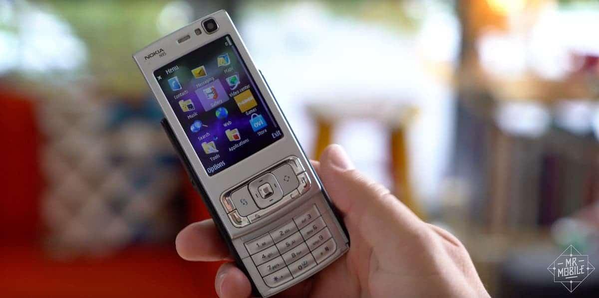 Появился прототип современного Nokia N95 с боковым слайдером (EmLSpN3XEAI6REe)