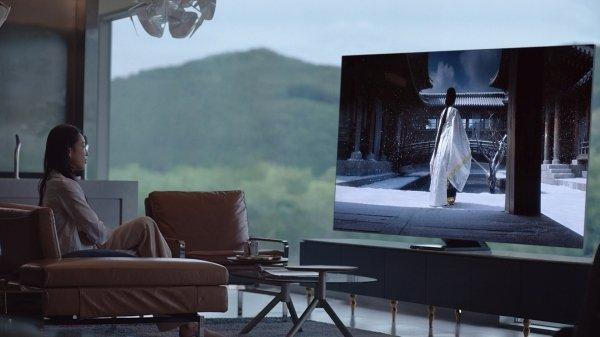 Бизнес телевизоров Samsung достиг рекордного уровня (Samsung 75 Inch TV)
