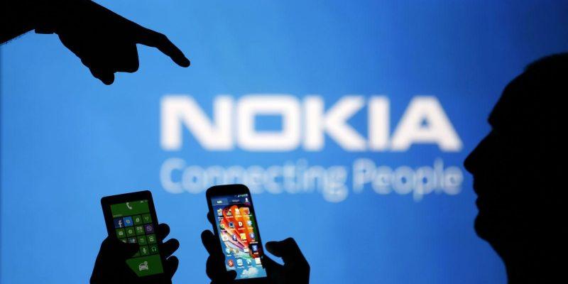 Завтра Nokia представит новые устройства (reuters us nokia phablet)