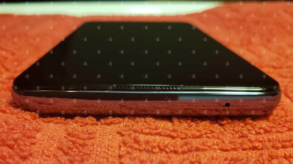 В Сеть просочились первые изображения и характеристики смартфона OnePlus 9 (3 1)