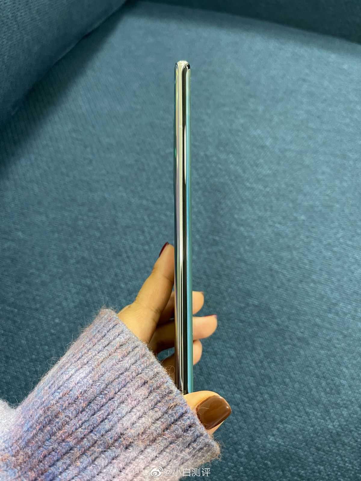 Huawei Nova 8 Pro позирует на живых фото (4 scaled)