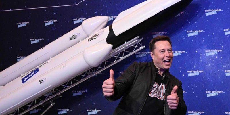 """Илон Маск: """"Человек высадится на Марс в ближайшие 6 лет"""" (Axel Springer Award 2020 Elon Musk 78)"""