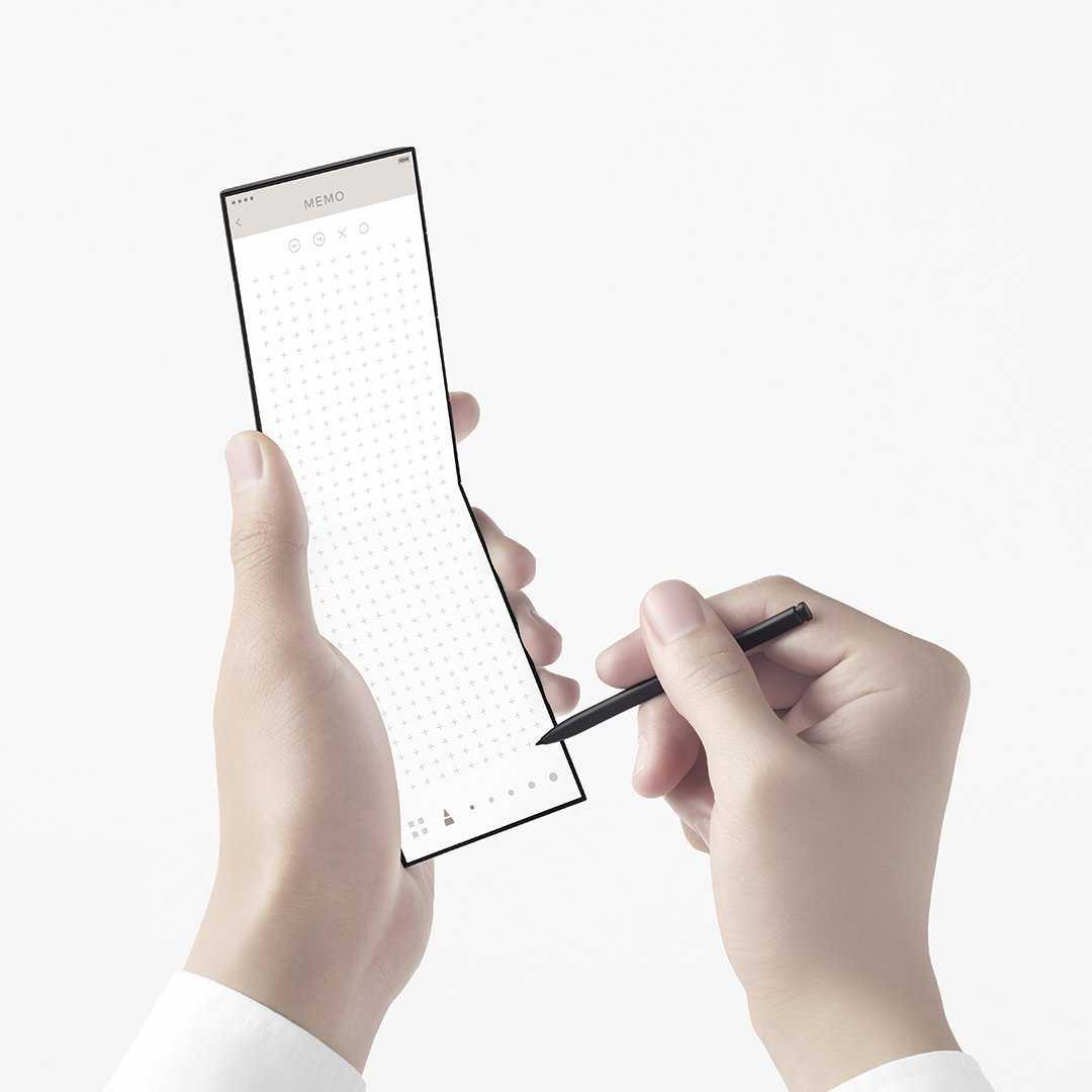 OPPO создала смартфон, складывающийся втрое (OPPO Triple Fold 3)