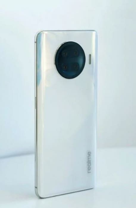 Флагман Realme Race на Snapdragon 888 станет первым смартфоном новой линейки компании (Realme Race 1)