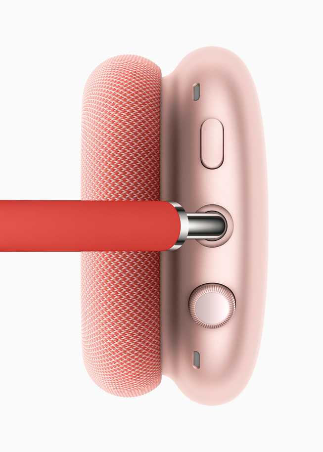 Apple выпустили наушники AirPods Max (apple airpods max top red 12082020 carousel.jpg.large)