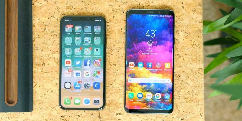 Samsung Galaxy S21+ впервые сравнили вживую с iPhone 12 Pro Max (maxresdefault 2)