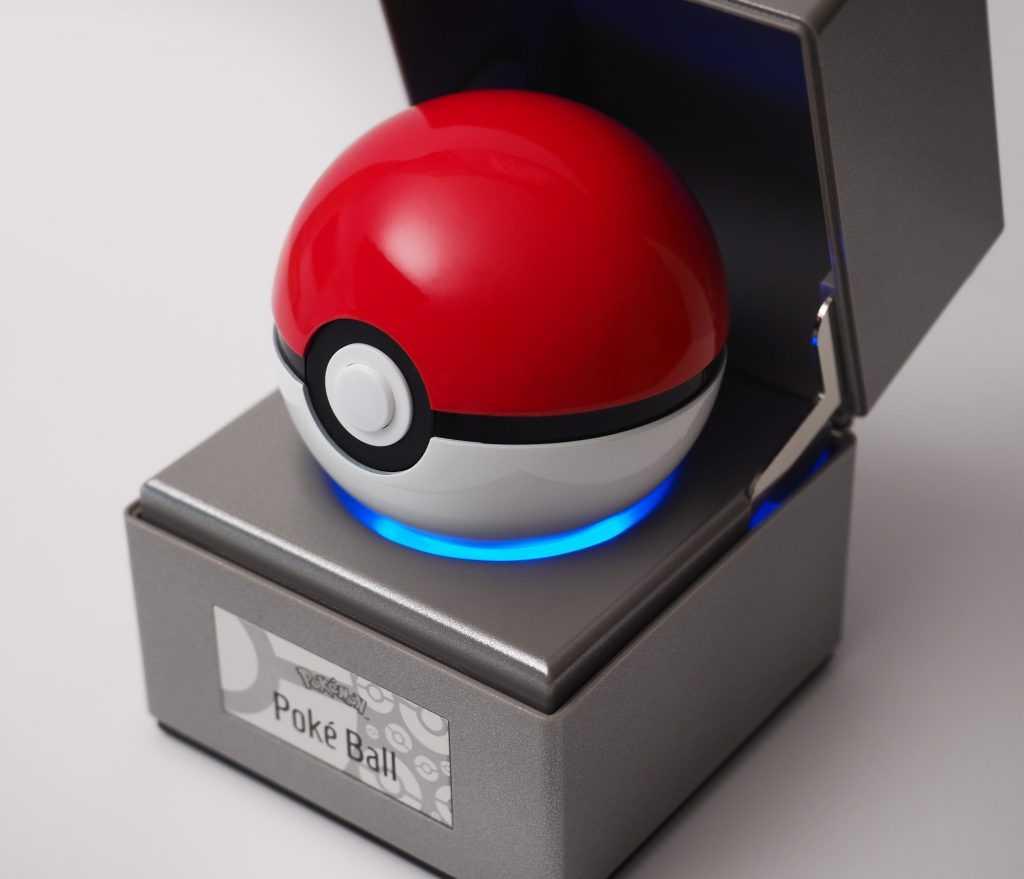 Pokemon создают реплику Покебола, но его нельзя бросать (pokeball blue glow 4kx3434px 1024x879 1)