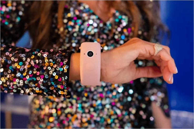 Apple готовится представить Wristcam - ремешок с двумя камерами для Apple Watch (wrist cam)