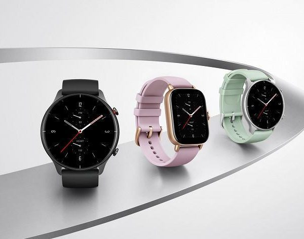 В России стартовали продажи умных часов Amazfit GTR 2e и GTS 2e (amazfit gts 2e gtr 2e large)