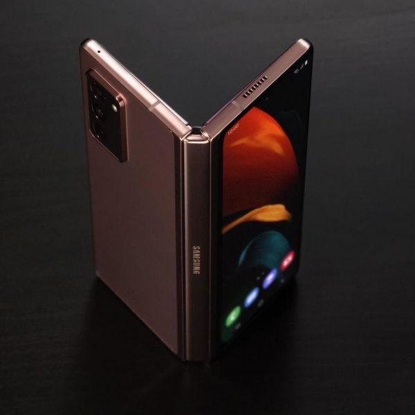 Galaxy Z Fold 3 и Galaxy Watch 4 засветились в официальном видео Samsung (galaxy z fold 3 rumors)