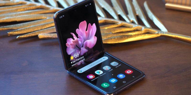В сеть слили качественные рендеры Samsung Galaxy Z Flip 3 (samsung galaxy z flip 38 1 1280x720 1)