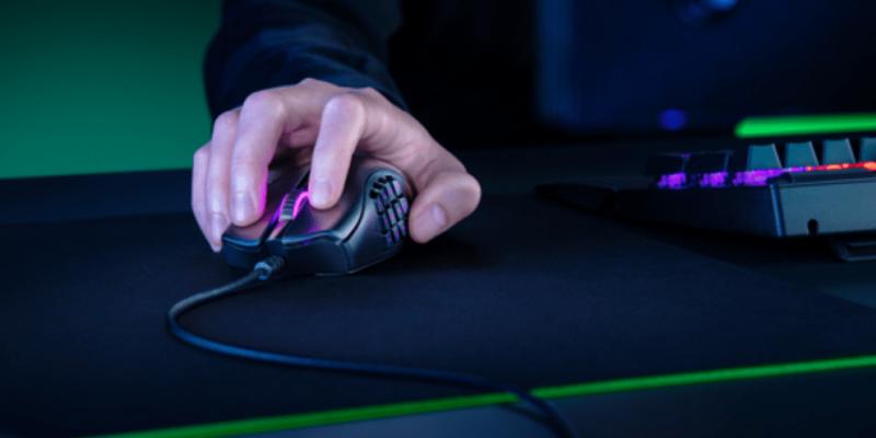 Razer выпустил новую мышь Naga X (snimok)