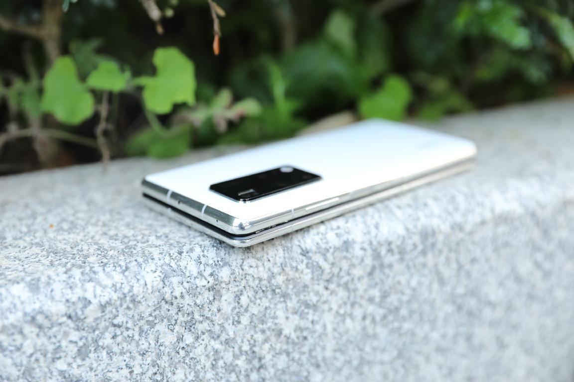 Подборка живых фотографий Huawei Mate X2 (1 4)