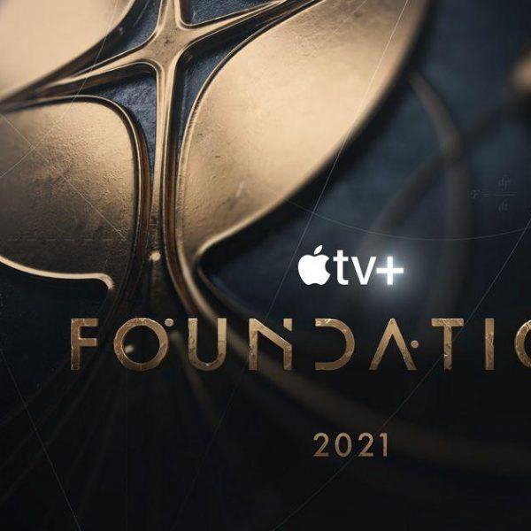 Apple объявила дату выхода сериала Foundation по серии книг Азимова (200622 apple foundation trailer wwdc20 inline image 01 post 16 9.jpg.og)