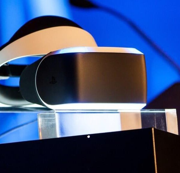 Sony анонсировала VR-шлем для консоли Sony PlayStation 5 (gdc sony reveals project morpheus playstation 4 vr hgr5)