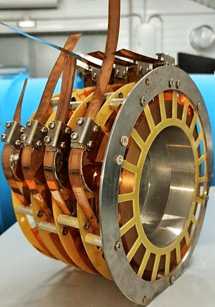 В столичном технопарке завершили стендовые испытания нового электроракетного двигателя (sl22626)