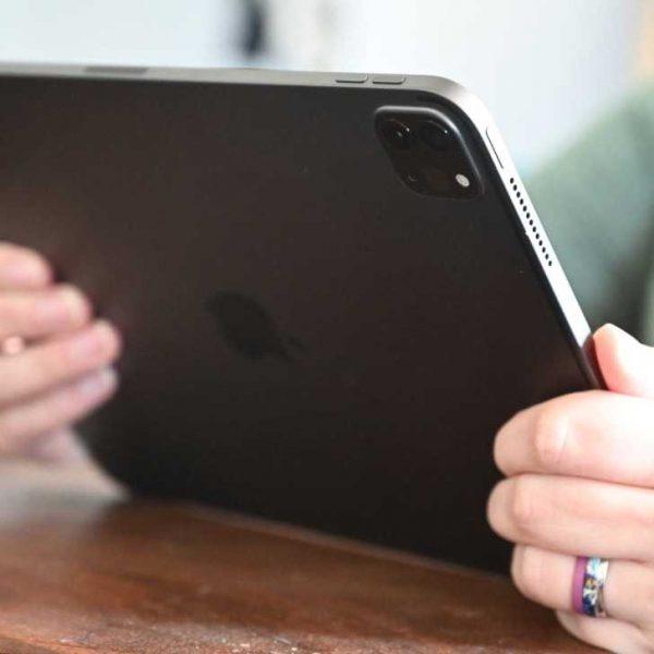 Apple выпустила обновления iOS 14.4.1 и iPadOS 14.4.1 со срочным исправлением (35329 64775 ipad pro head xl)