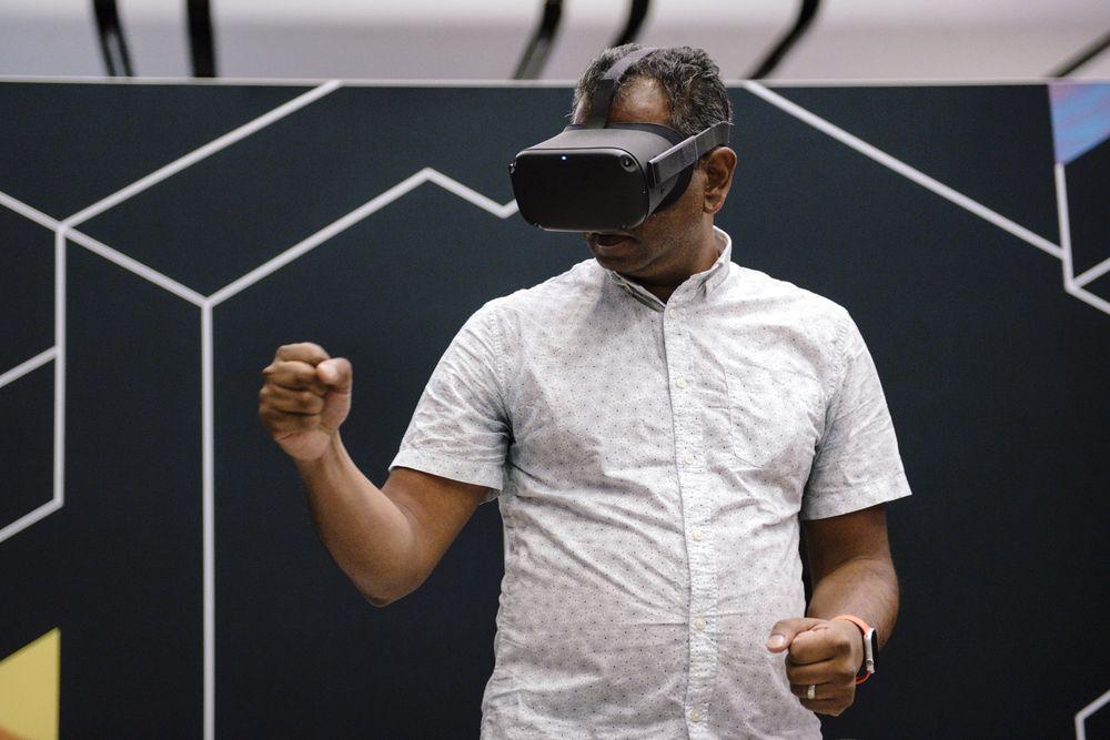 Apple выпустит VR-гарнитуру в 2022 году и AR-очки в 2025 (53200768804bb60ec9dbd80d87fca16d)