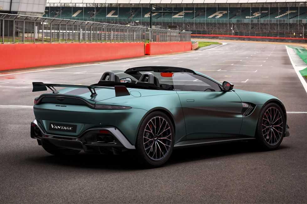 Aston Martin Vantage F1 Edition - это больше, чем просто внешний вид (aston martin vantage f1 edition 003)