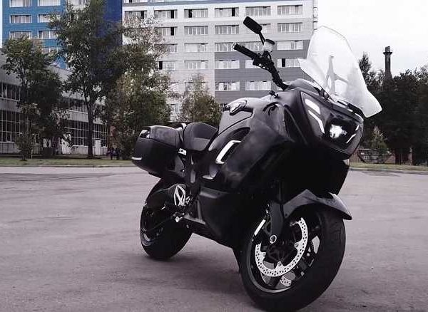 Aurus: первый российский электромотоцикл, разгон от 0 до 100 км/ч за 3,7 с (aurus76 io large)