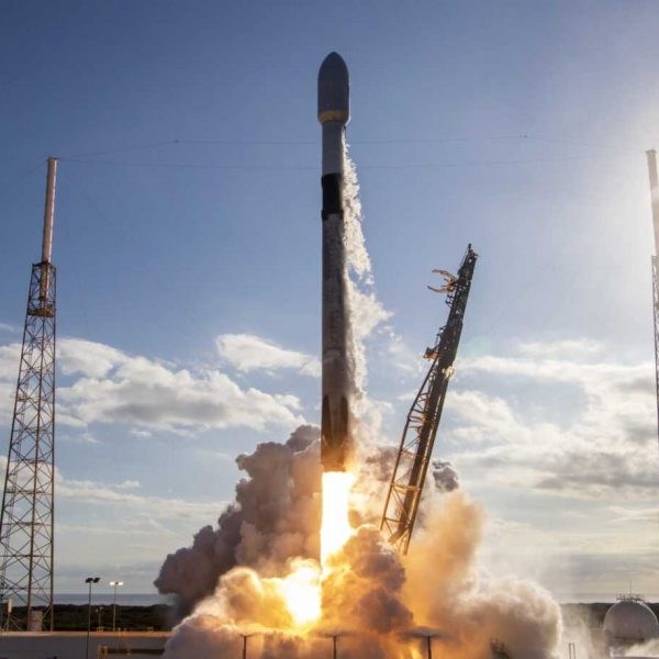 Как посмотреть исторический полёт SpaceX Falcon 9 во вторник (etbtoojuuaan5qf 2 scaled 1)