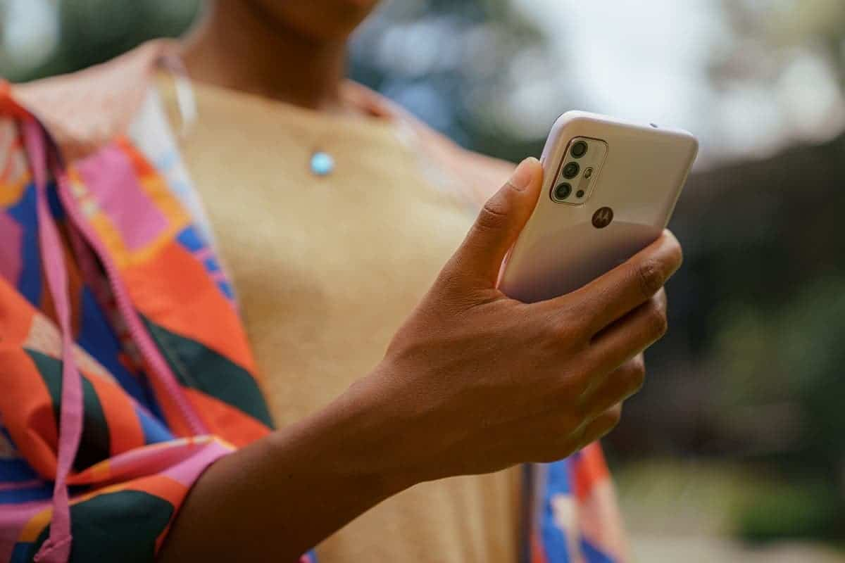 В сеть слили характеристики и фотографии смартфона Motorola Moto G50 (moto g50)