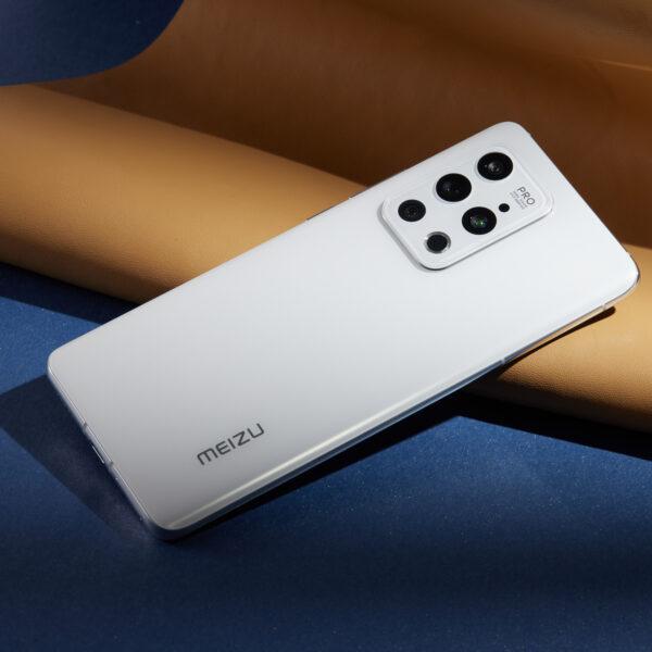 Вы уже можете заказать Meizu 18 и Meizu 18 Pro с доставкой в Россию (raspakovka i zhivye foto meizu 18 i meizu 18 pro 37)