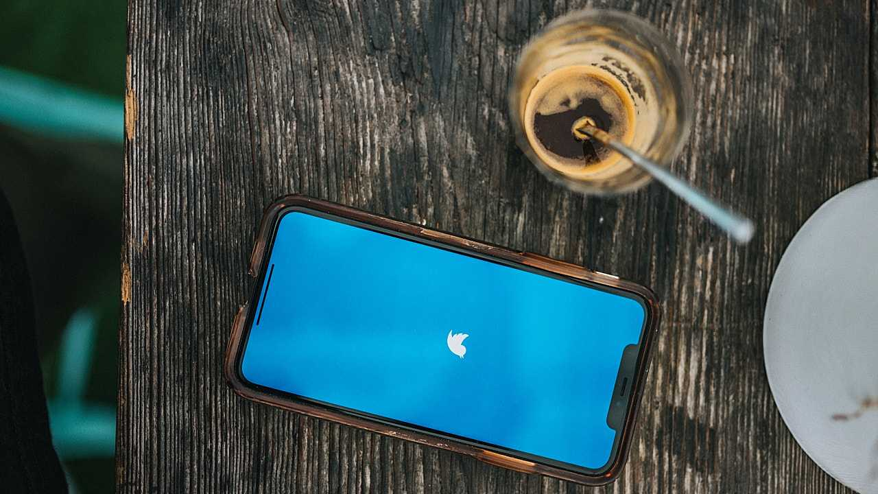Акции Twitter упали в цене на 11% (4593 photo 1603145733316 7462e5ecd80d)