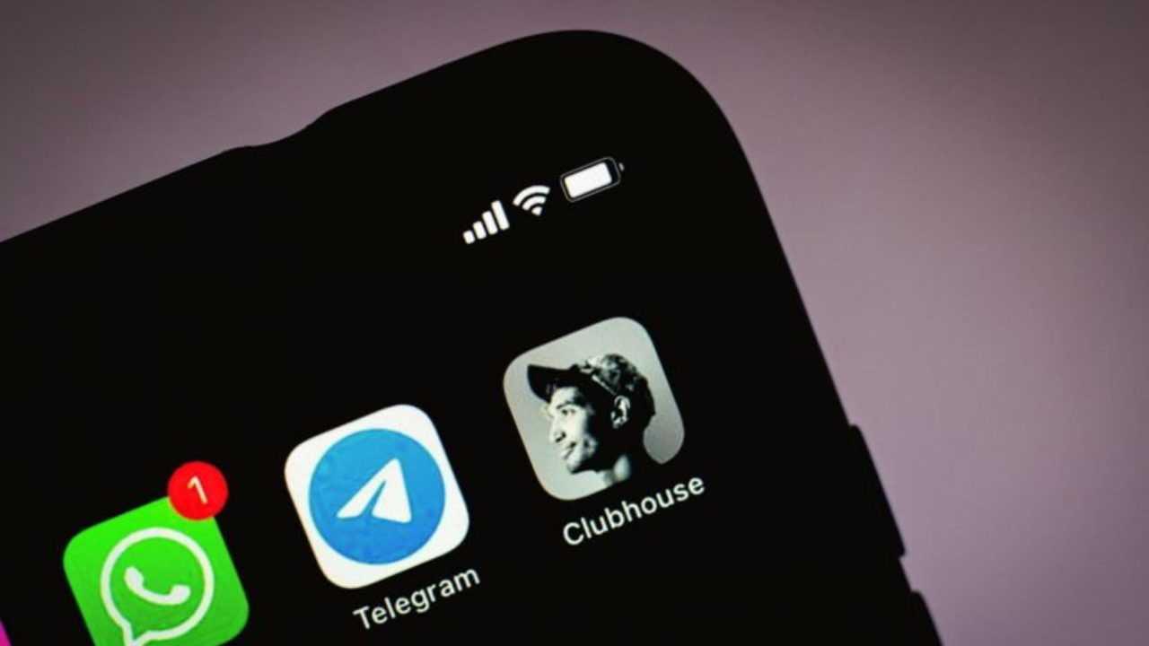 Популярность Clubhouse упала (clubhouse android 1280x720 1)