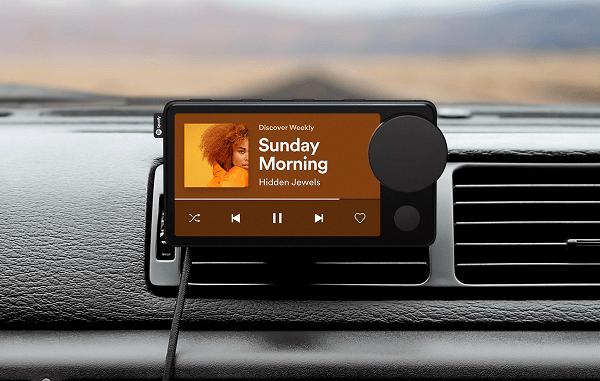 Spotify представила свой первый гаджет - автомобильный музыкальный плеер Car Thing (hero 2 3840 large)