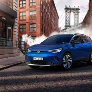 Volkswagen ID.4 признан лучшим автомобилем года (volkswagen id.4 1)